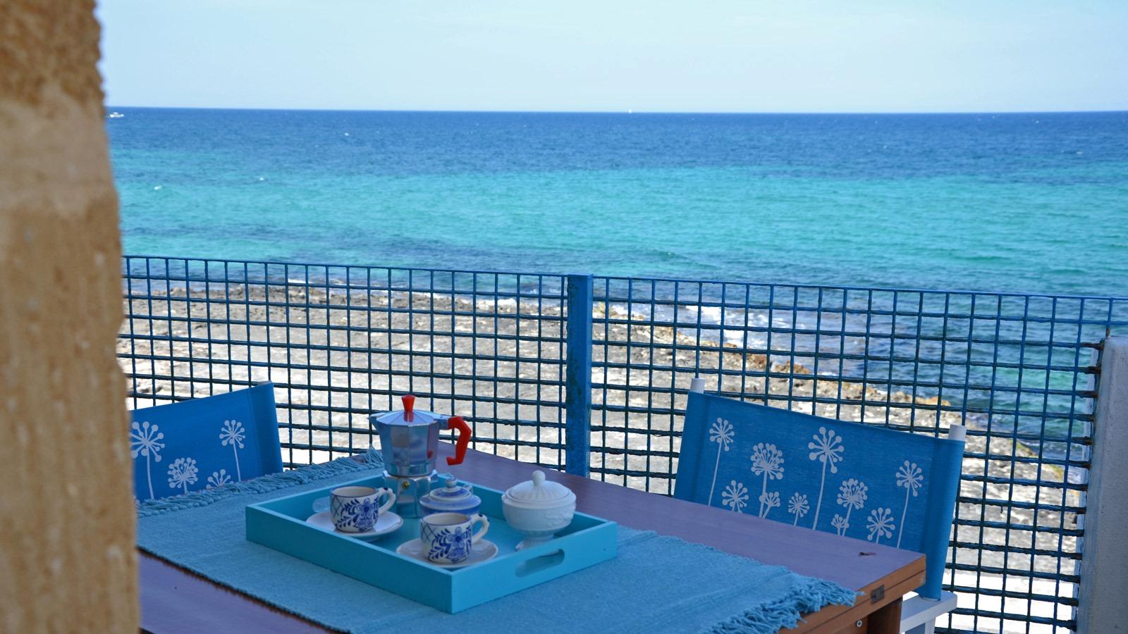vacanze ostuni casa corallo balcone vista mare