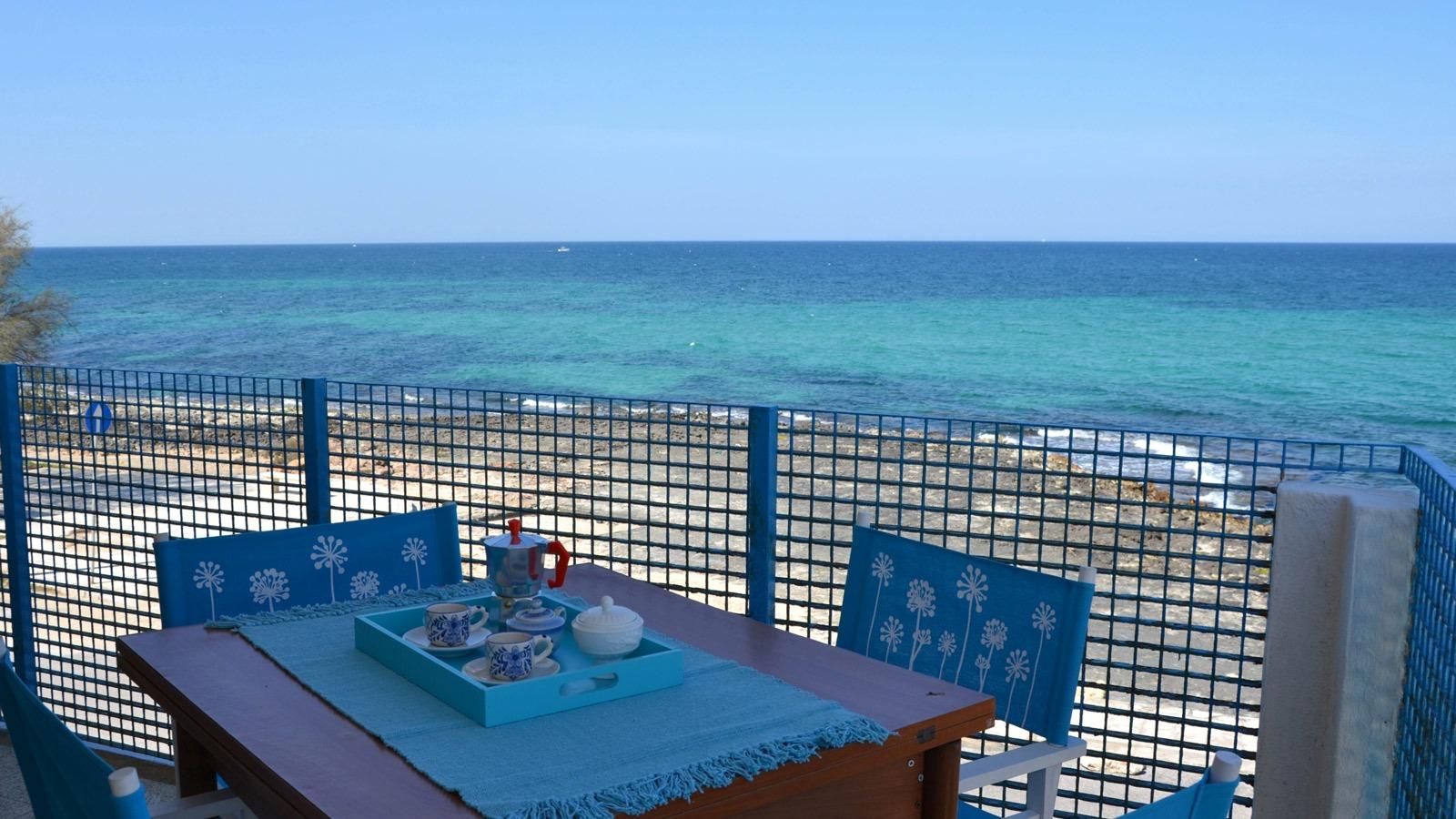 vacanze ostuni casa corallo balcone