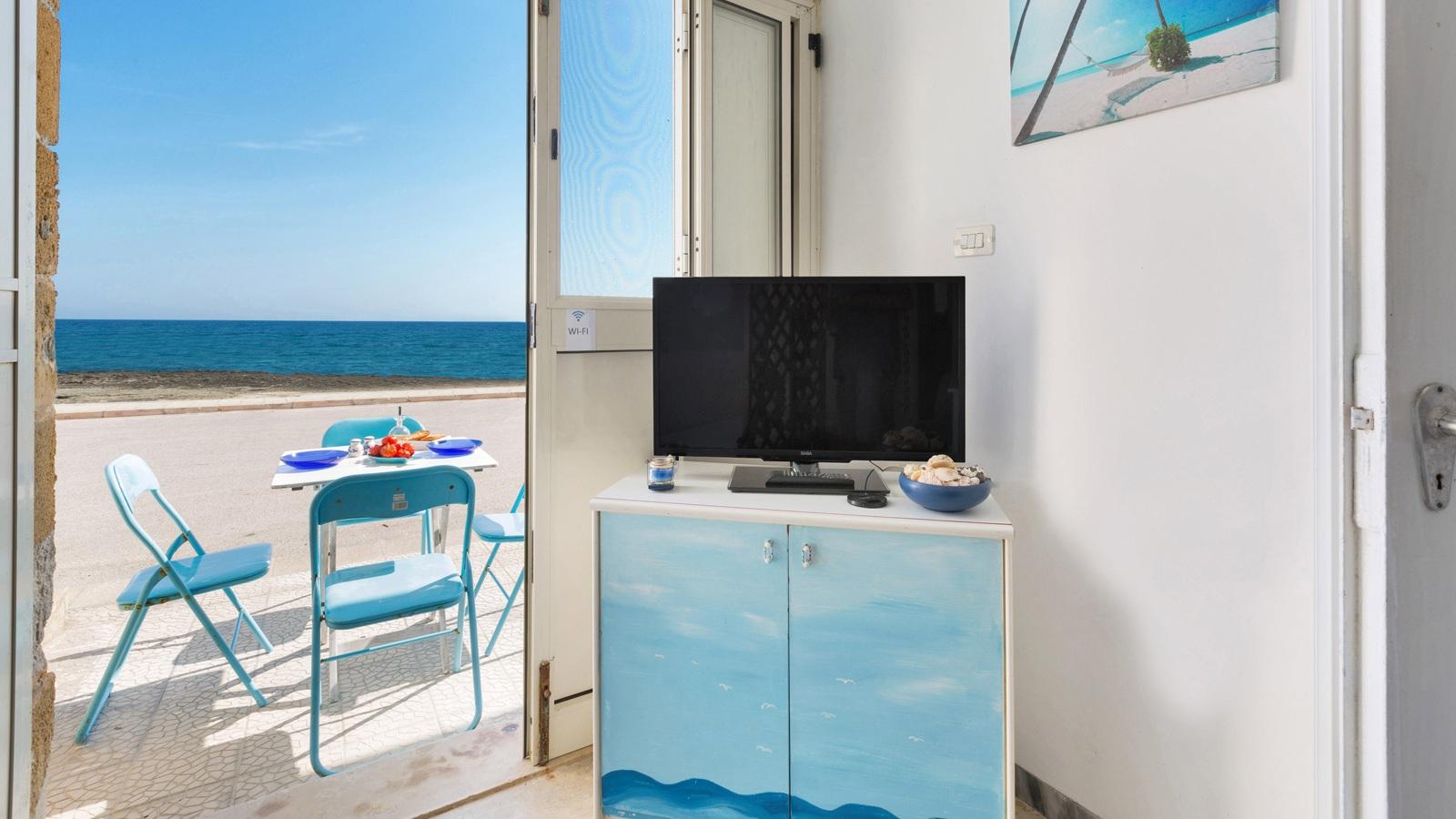 vacanze ostuni casa helios tv