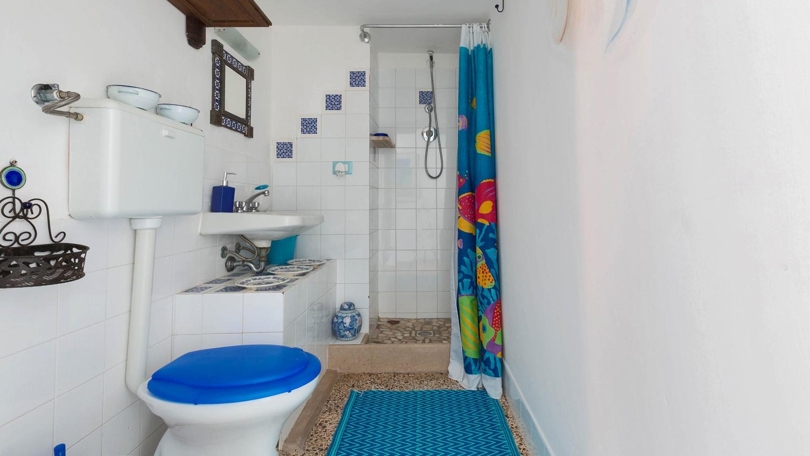 vacanze ostuni casa marco bagno con doccia