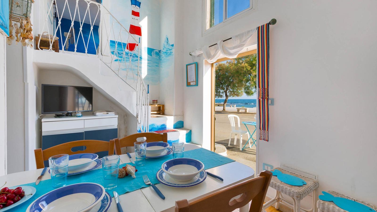 vacanze ostuni casa marco tavolo da pranzo