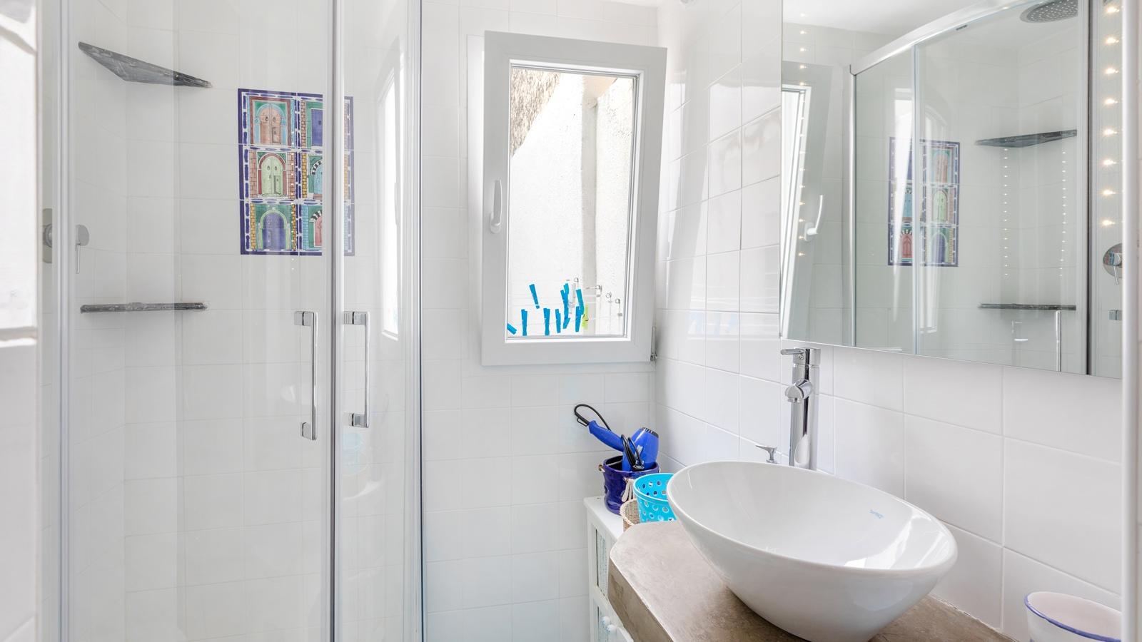 vacanze ostuni casa nettuno bagno