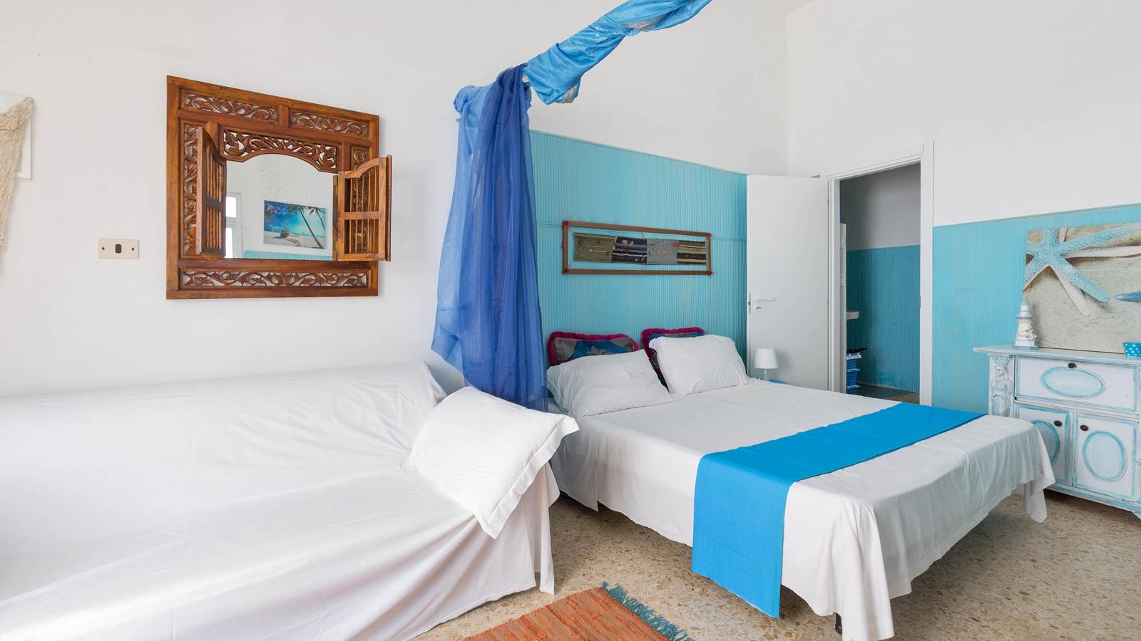 vacanze ostuni casa renzo camera con divano letto