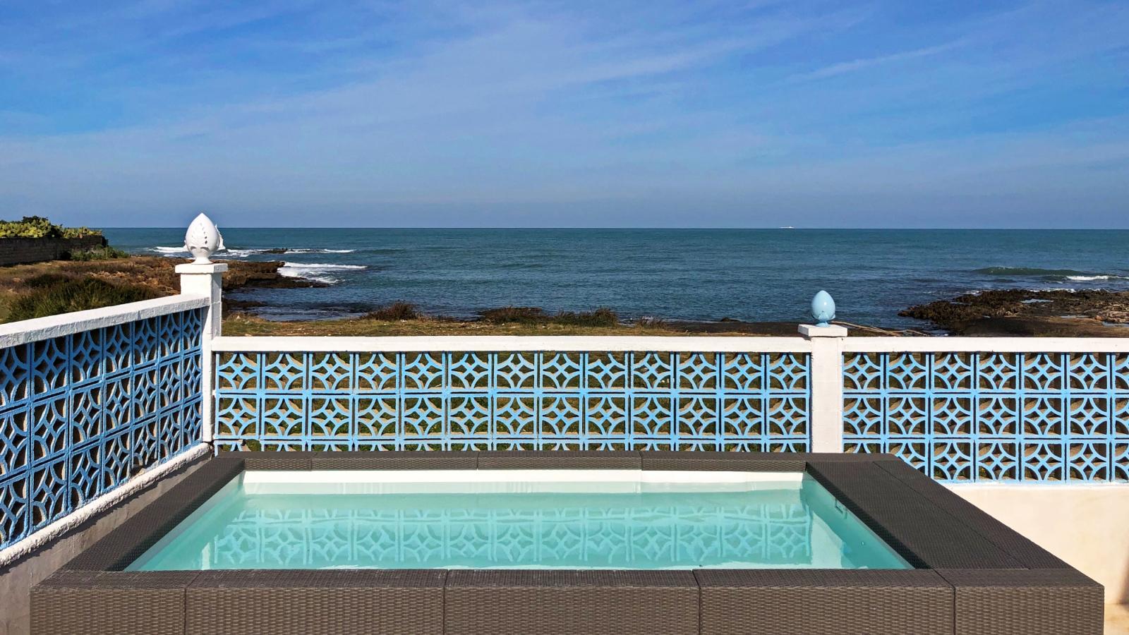 piscina riscaldata e con aeromassaggio