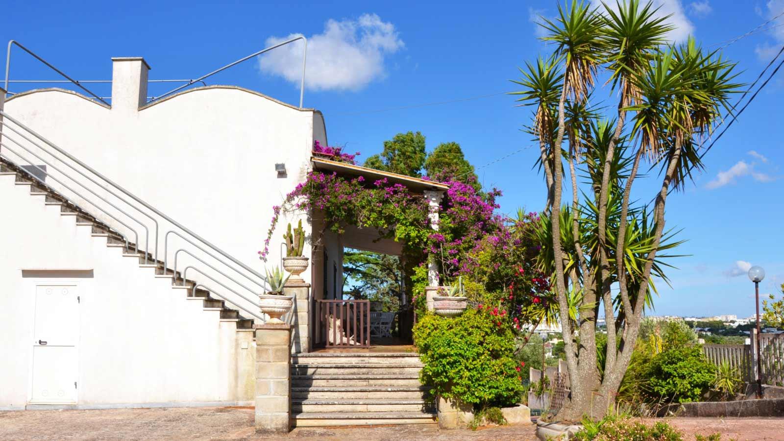 Vacanze Ostuni | Villa Relax, Ingresso alla veranda